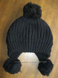 Модная шапочка с булубонами, осень-зима