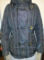 Женская демисезонная куртка 44 р