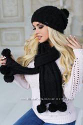 Красивый женский комплект шапка и шарф