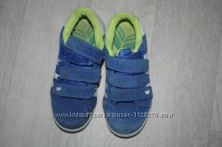 Яркие, красивые кроссовки ф. NEXT р-13 р-33, в отличном состоянии