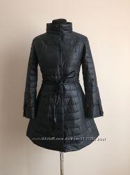 Женское красивое пальто слегка расклешенное