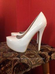Свадебные вечерние белые туфли
