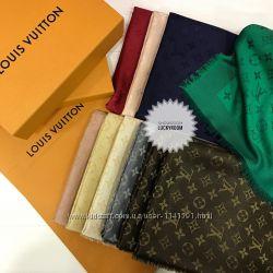 Шали Louis Vuitton оригинал в наличии . Оригинал . 230 евро