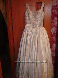 свадебное, выпускное, вечернее платье серебристое