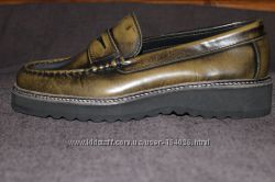 Стильные туфли-лоферы из Португалии