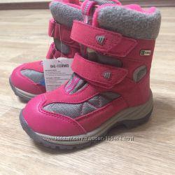 Розовые термо-ботинки B&G для девочки
