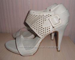 Новые туфли, босоножки Buonarotti р-р 39, кожа, Италия