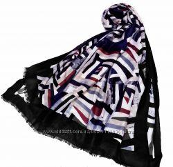 Стильный шарф палантин с абстрактным рисунком