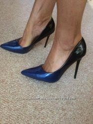 Женские стильные туфли на каблуке амбрешпилька лодочки, классика, синийчерн