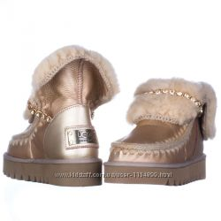 Женские угги UGG Mou be gold