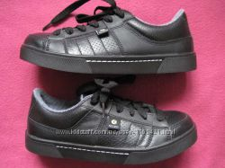 Stuco Ocuts 39, 25 см кроссовки робочие со стальными носками