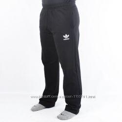 Штаны спортивные с эмблемой Adidas