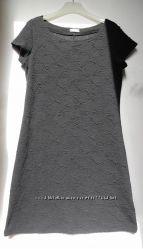 С&А Yessica Рельефное платье в розочку. Чёрная классика.