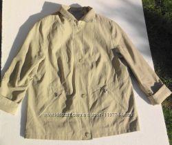 Короткий куртка плащ на молнии и пуговицах. Германия. размер 46  18  XXX