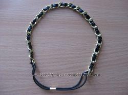 Обруч-резинка для волос черный, золотистый металл.