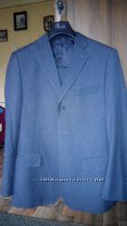 Італійський чоловічий костюм 48 розміру