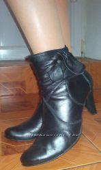 Кожаные ботиночкки, стелька около 25 см.