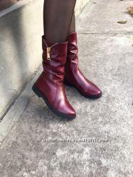 Женские кожаные зимние сапоги, мех. Красные и чёрный.