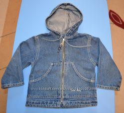 Курточка джинсовая Gee Jay р. 98 с капюшоном