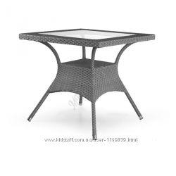 Мебель из ротанга, Стол Монтана