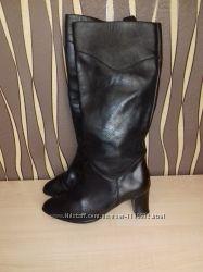 Стоковая зимняя обувь из Германии.