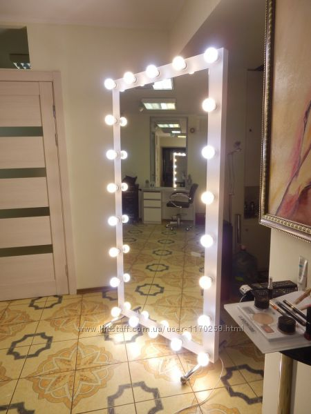 Макияжное зеркало 1800х900 на колесиках