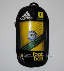 футбольные щитки adidas размер S на рост 140-160 см