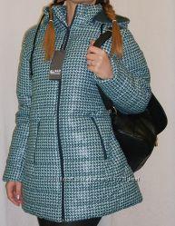 Теплое пальто спортивного стиля