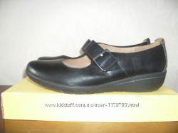 Clarks туфли 41 размер бу широкие