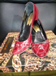 Туфли женские бардовокрасные