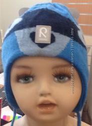 Продам шерстяную шапочку Reima