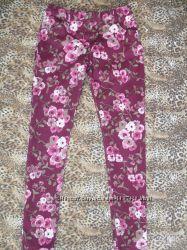 Красивые цветочные джинсы скинни F&F на 11-12 лет