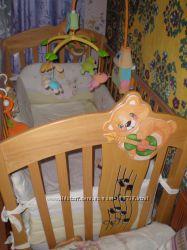 Детская кроватка Италия Baby Italia с матрасом, защитой, мобилем