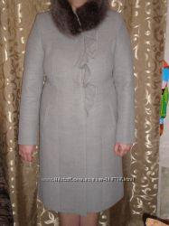 Красивое элегантное демисезонное пальто от Леси Украинка размер 50-52
