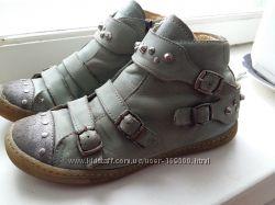 Ботинки для девочки Primigi 32р