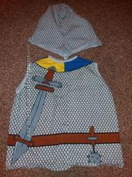 карнавальный , маскарадные костюм рыцаря мальчика на 4-5лет