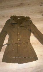 короткое молодежное пальто на пояс р. М