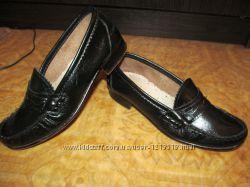 Фирменные кожаные туфли Giulia Италия оригинал Р. 33 , стелька 21 см.