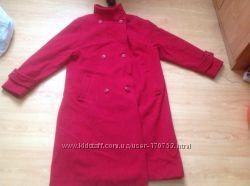 Пальто осеннее красное