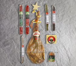 Хамон с подарками, набор фуагра, рождественские сладости - большой выбор