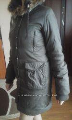 класна жіноча куртка