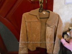 Куртка коричневая  женская