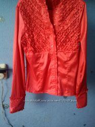 Блузка нарядная с длинным рукавом