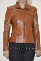 Куртка кожаная демисезонная женская