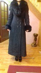 Кашемировое пальто в отличном состоянии