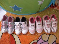 Фирменные кроссовки на девочку р. 29-30