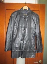Продам женскую кожаную куртку, 36-38 р М