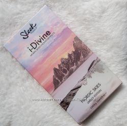 Sleek i-Divine Eyeshadow Palette in Nordic Skies