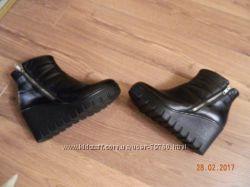 Ботинки SOLDI 38р.