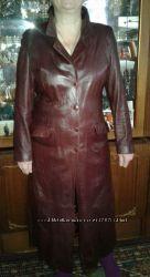 Турция шикарный кожаный плащ-пальто цвета марсала 52-54р